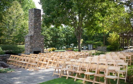 Heritage Garden ceremony. Photo credit: Nick King Photography.